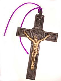 Crucifijo de San Benito