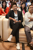 Allu Arjun Stylish Photos-thumbnail-12