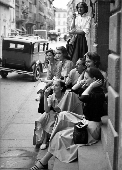 Vintage Everyday On The Street Of Italy 1951