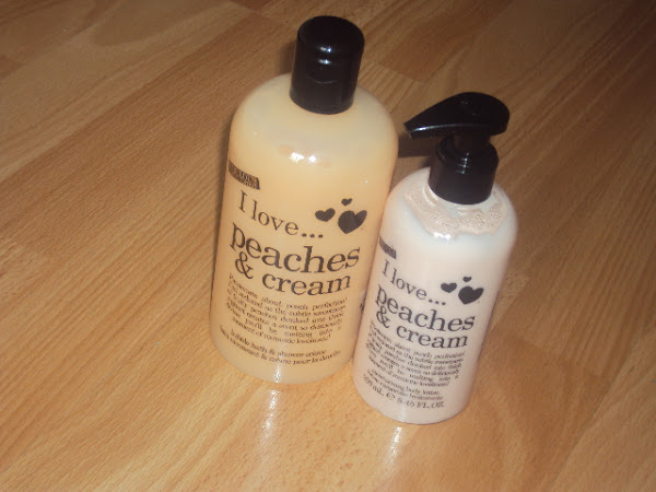 Douglas I love... Peaches & Cream lijn.
