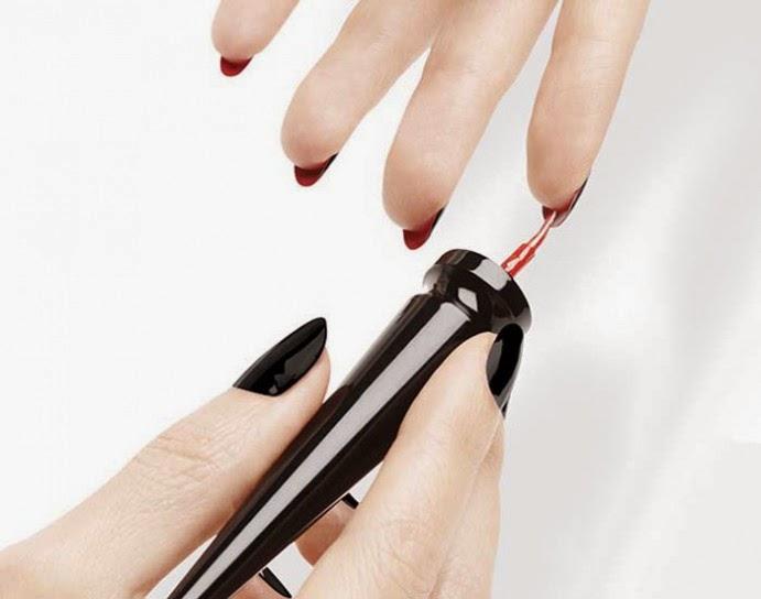 LOUBOUTIN Nails - Manicure FLIP-FLOP - unhas verniz 2 lados