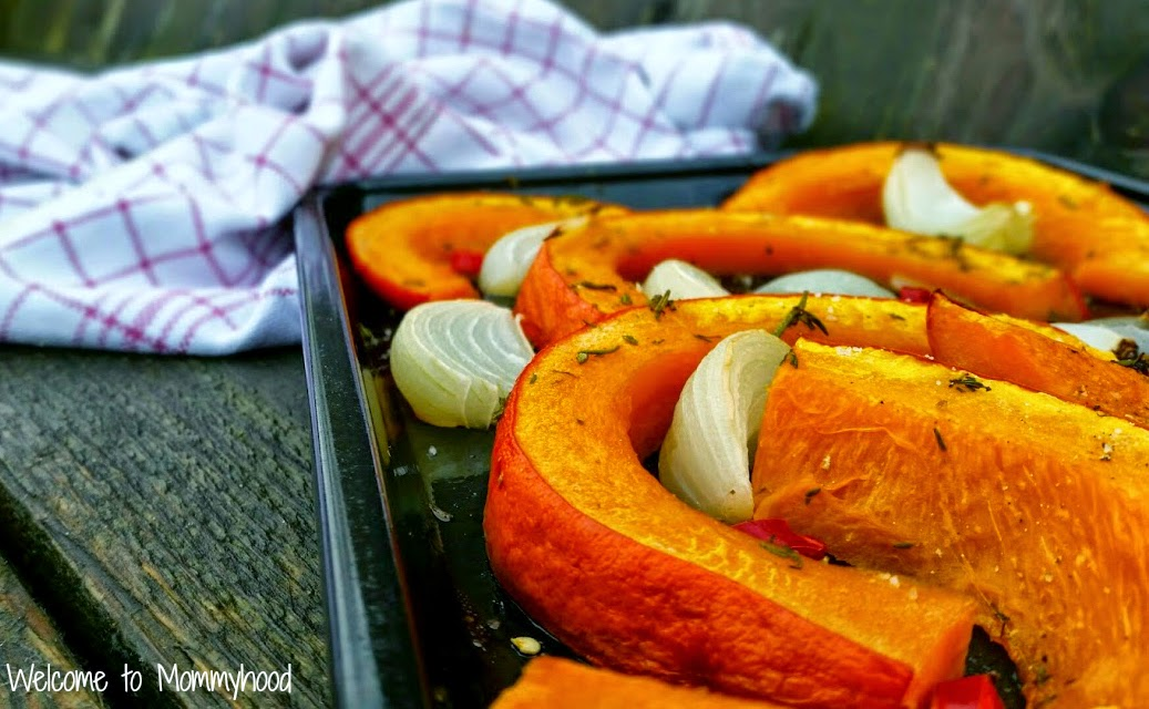 Easy, healthy recipes: sweet and spice roasted pumpkin {Welcome to Mommyhood} #paleo, #easyhealthyrecipes, #roastedpumpkin