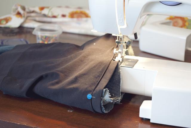 Tự làm quần Jeans cho mẹ bầu năng động - Ảnh 4