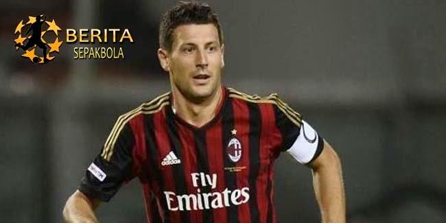 Bonera Perpanjang Masalah Cedera AC Milan