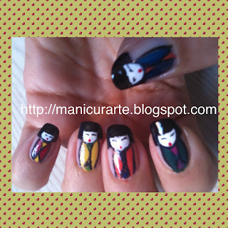 Kokeshi dolls nails