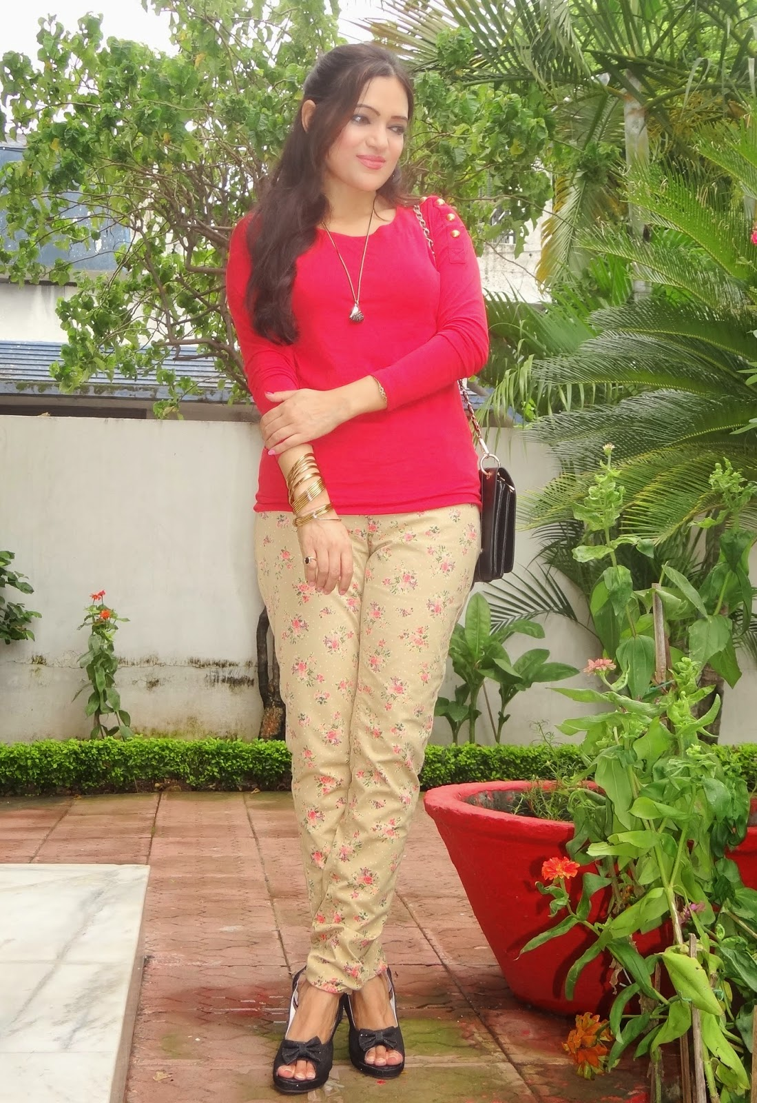 printed pant with red top