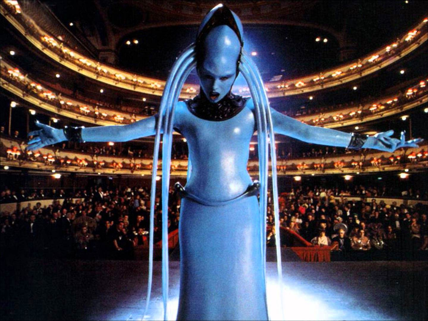 The Fifth Element Diva Song Was Literally Impossible to ...