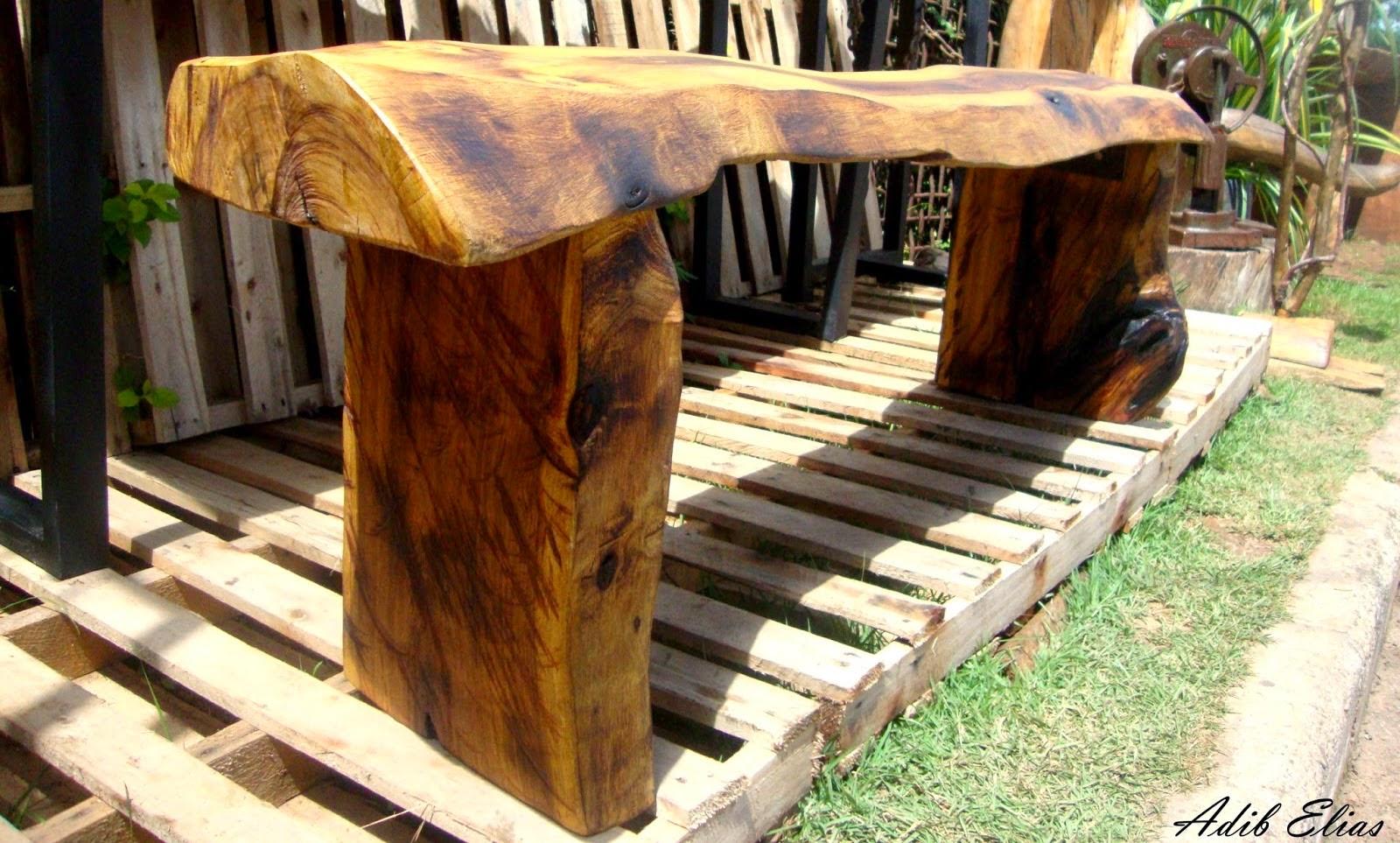 Banco rústico de madeira reciclada de Jacarandá #A58A26 1600x963