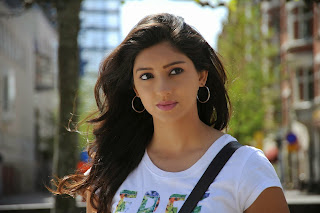 Tanvi Vyas Pictures in Shorts from Nenem Chinna Pillana Movie ~ Bollywood and South Indian Cinema Actress Exclusive Picture Galleries