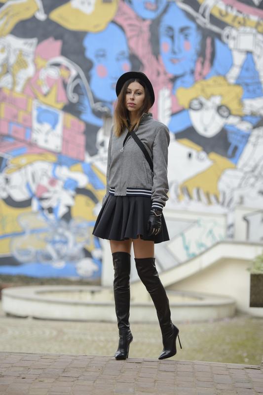 skater skirt street style