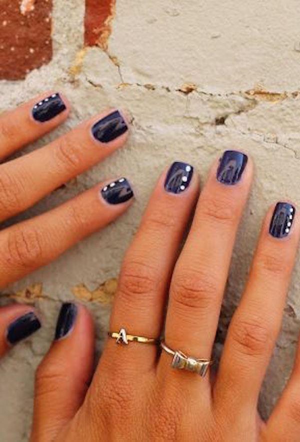 Дизайн ногтей коротких со стразами