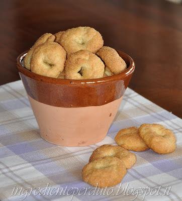 biscotti all'olio di oliva, senza uova-ingrediente perduto