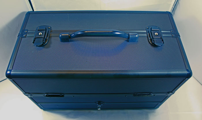 train case, salon equipment