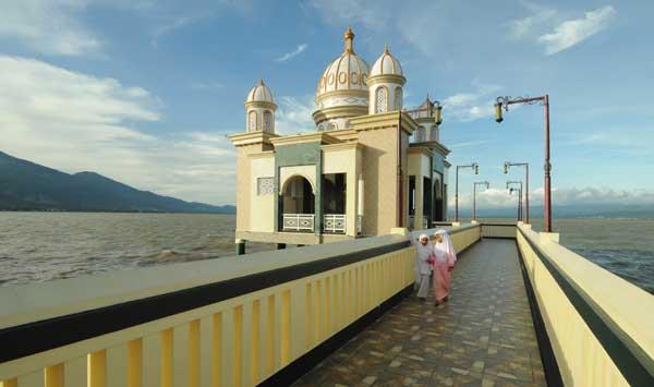 Masjid Terapung di Sulteng