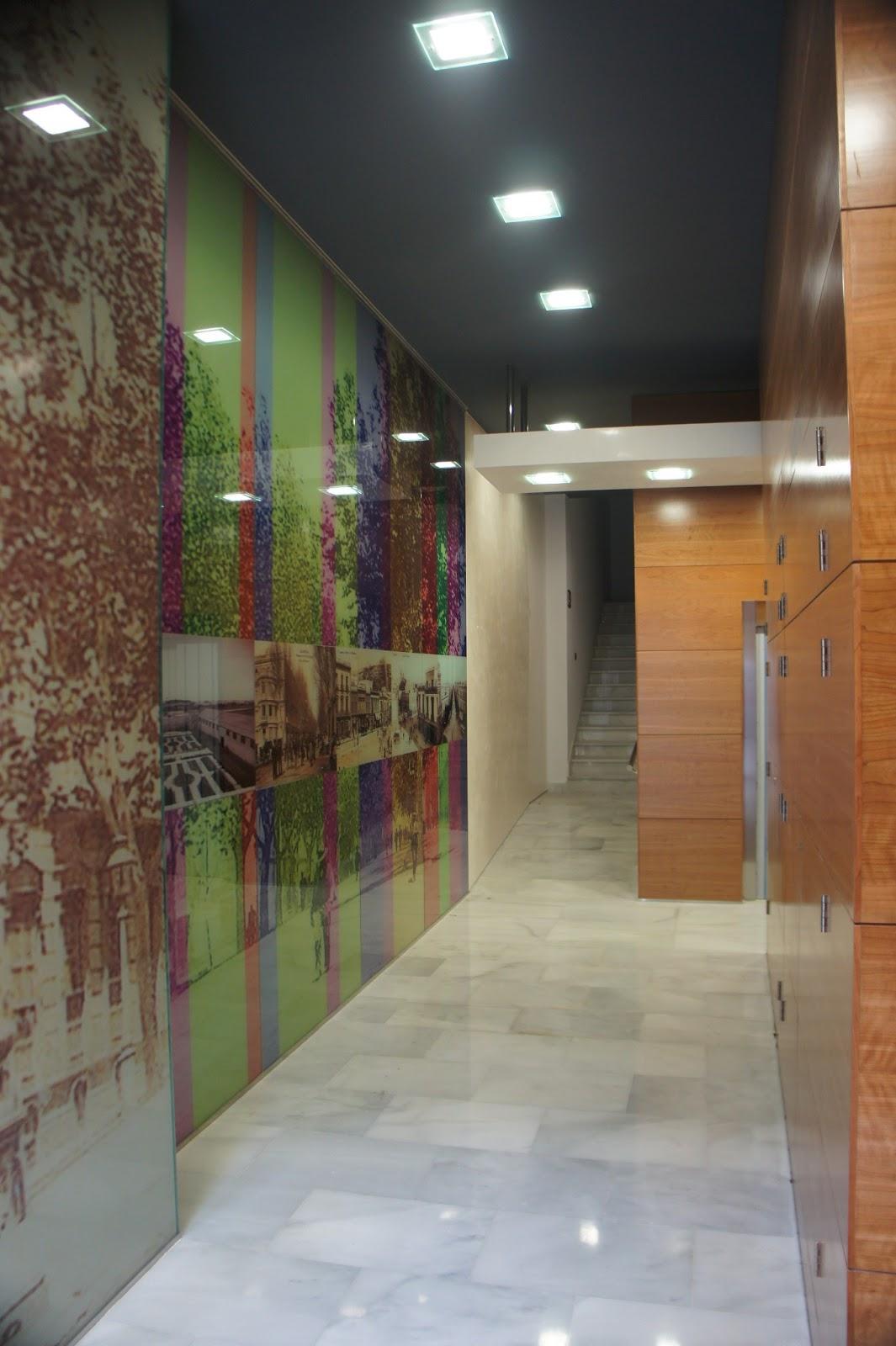 Dofil tres s l oficinas locales y garajes en paseo de for Garajes modernos interiores