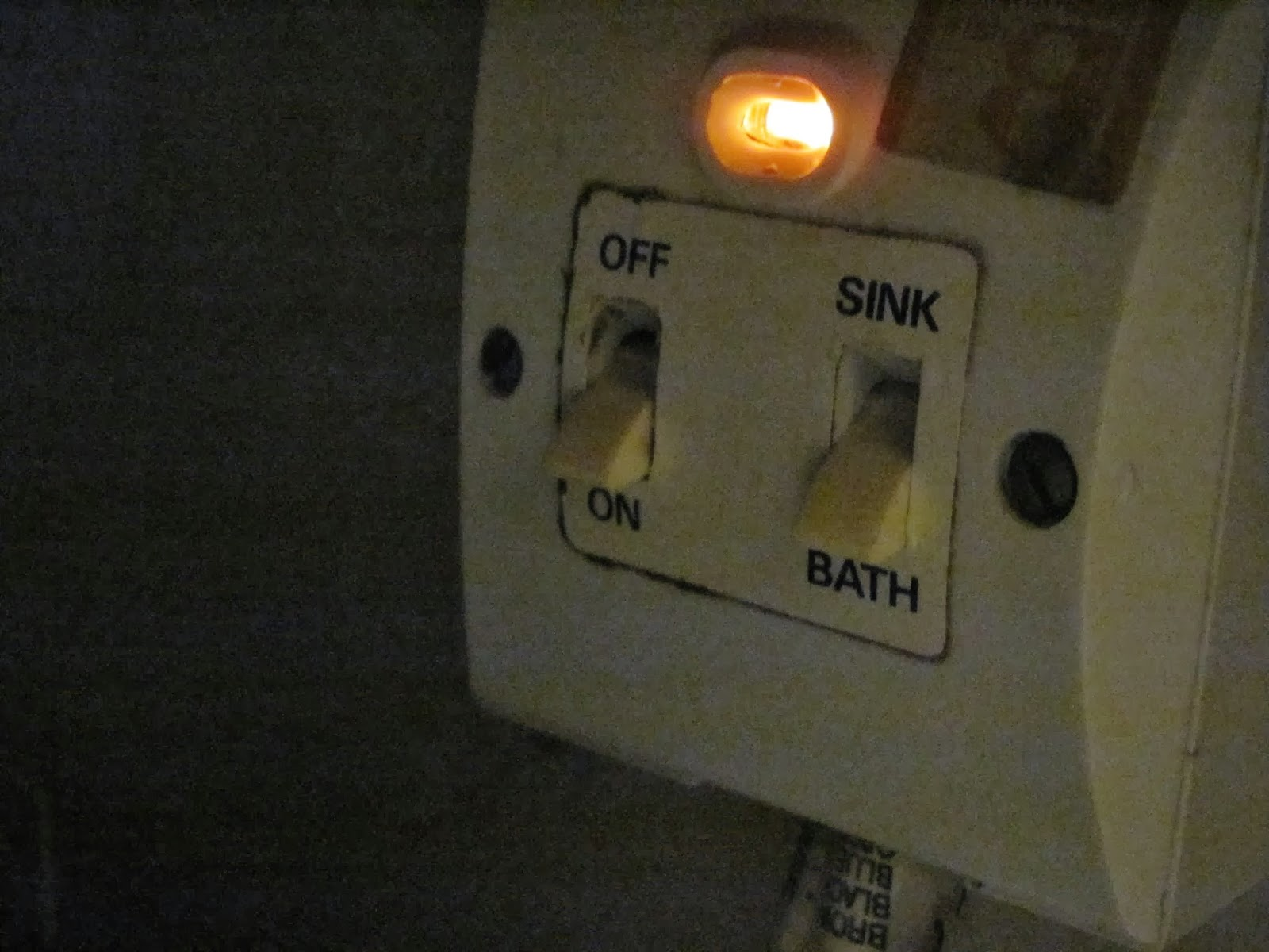 Switches for the immersion water heater used in Dublin, Ireland by Americans.