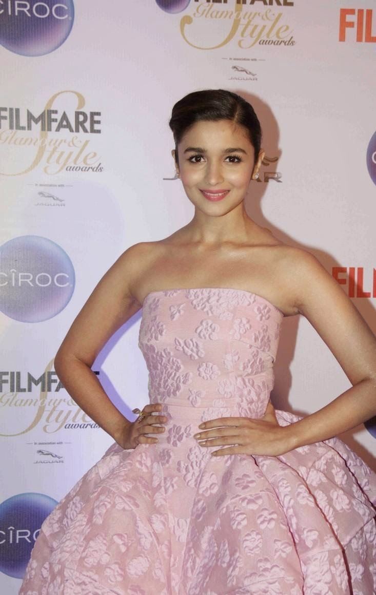 Bollywood heroines at ciroc filmfare glamour & style awards