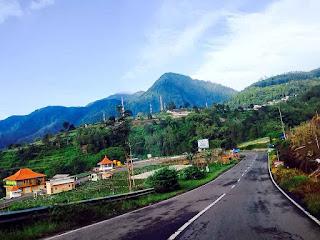 Road Acces to The Lake Sarangan