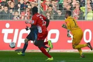 armer SC Freiburg.. armer Baumann.. happy HSV; Quelle: die-welt.de