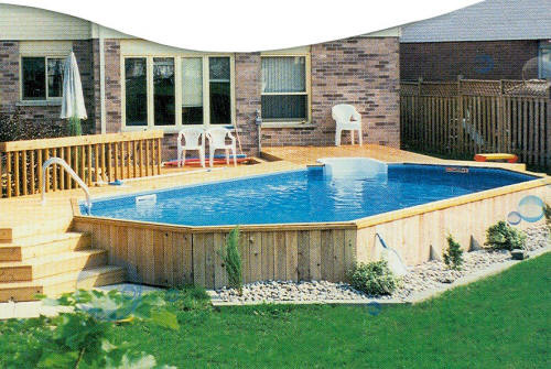 6 id es d 39 am nagement pour votre piscine hors sol for Pool veranda designs