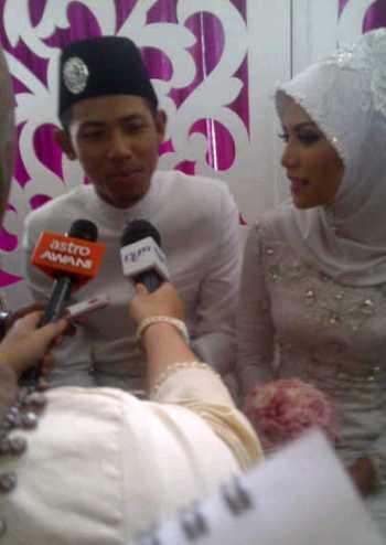 Gambar Nabil dan Nazirah Majlis Perkahwinan Resepsi