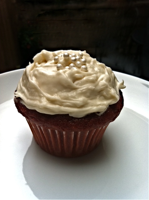 Red Velvet Cupcakes with Coconut Cream Cheese Frosting ...