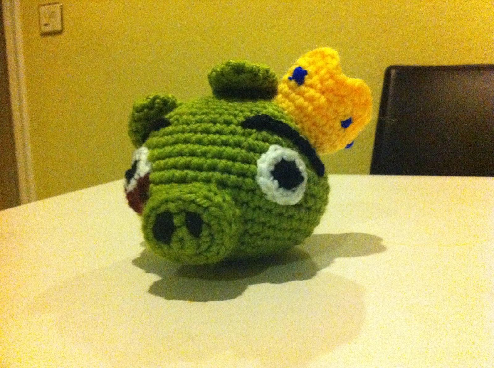 Mi mundo y Punto: Cerdo Rey de Angry Birds amigurumi