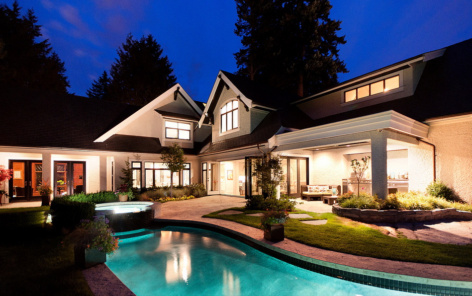 Blending exterior with 8 mind blowing designing thoughts for Home wallpaper vancouver