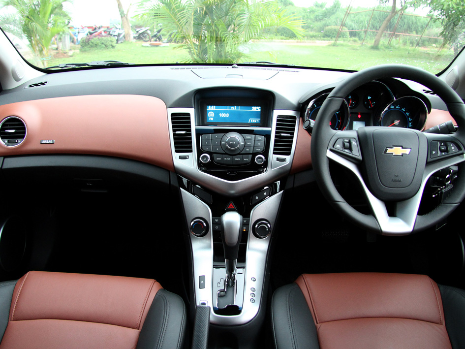 chevrolet cruze specification automotive news and info. Black Bedroom Furniture Sets. Home Design Ideas