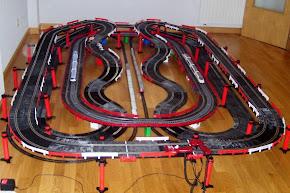 Circuito de velocidad con pequetrenes que van y vienen
