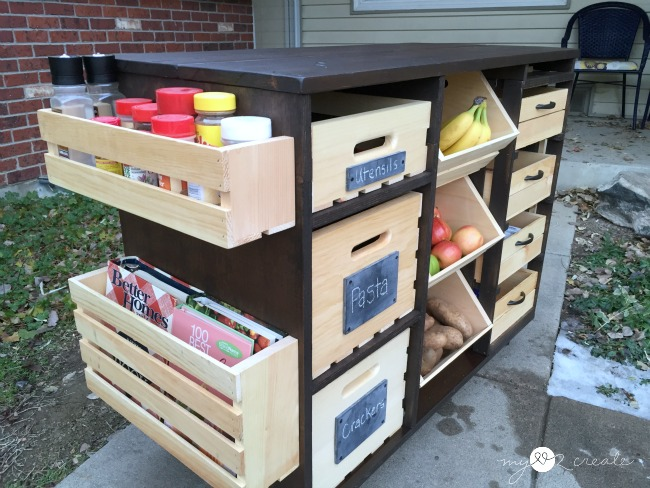 Build An Awesome Kitchen Island With Pantry Storage Crates And Pallet Free Plans