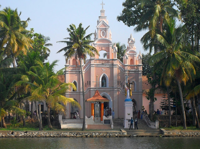 церковь в Керале