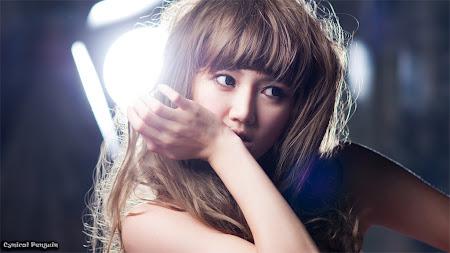 Han Ga Eun, White Strapless 04