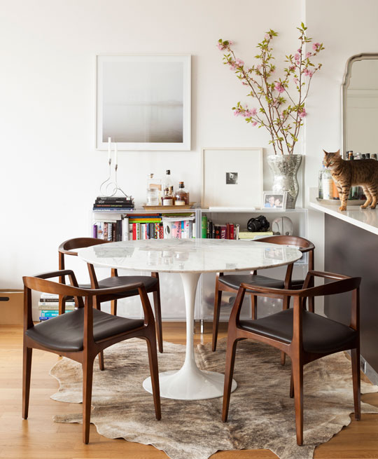 Copy cat chic room redo i mid century modern dining room for Mid century modern dining rooms