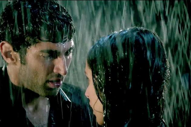Aashiqui 2 Ramance Scene in Rain | Aashiqui 2 Hot Love Scene | Share ...