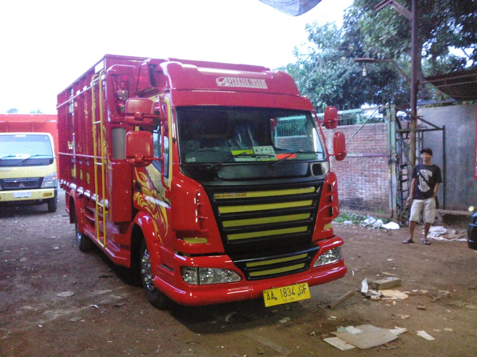 Modifikasi Canter Truck 2016