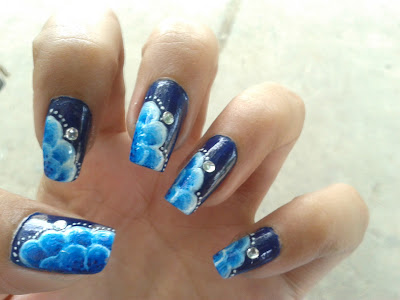 Blue flowers nail design picture by pari sangha