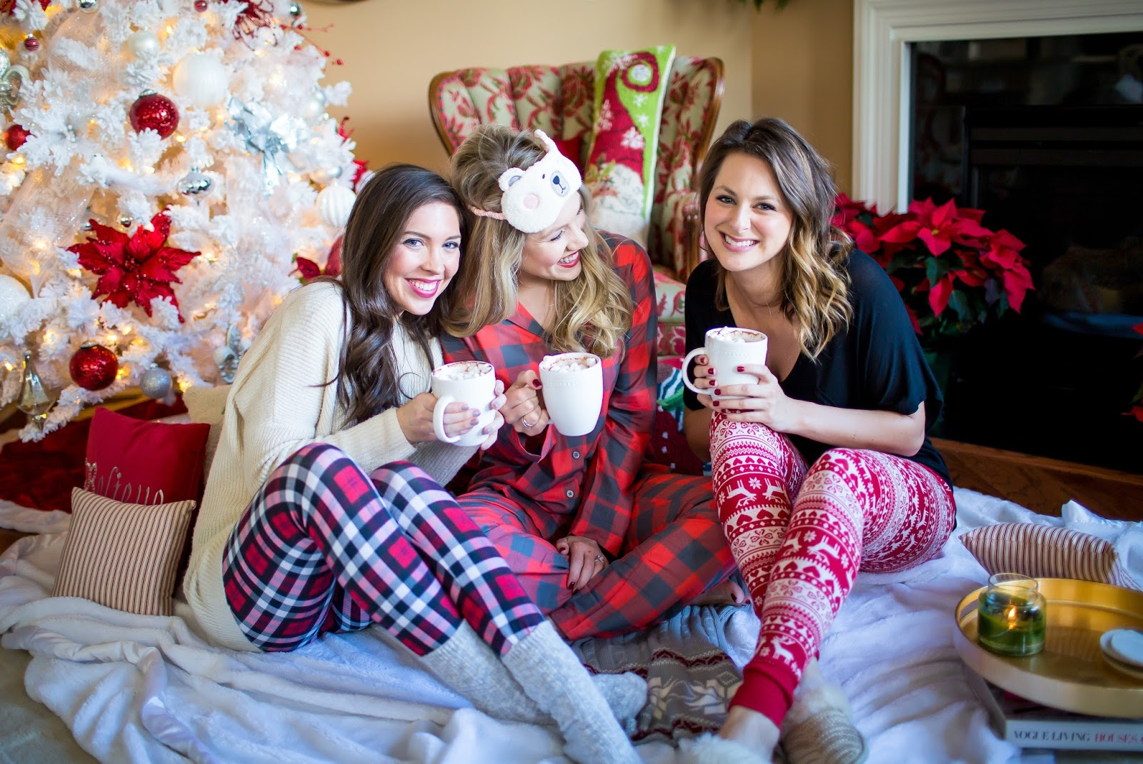 Girls Christmas Party Ideas Part - 16: Cozy Christmas Sleepover