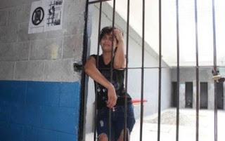 Mexicana vai presa porque se recusou a lavar roupa do marido