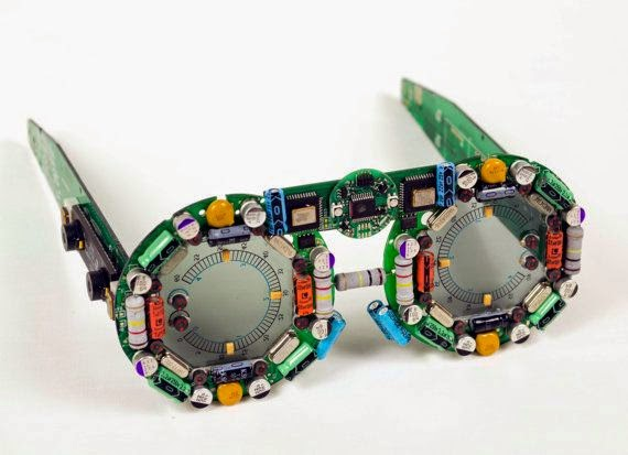 03-Glasses-Steven-Rodrig-Upcycle-PCB-Sculptures-from-used-Electronics-www-designstack-co