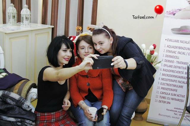 halloween party clinica de estetica Hipocrat fantanica selfie
