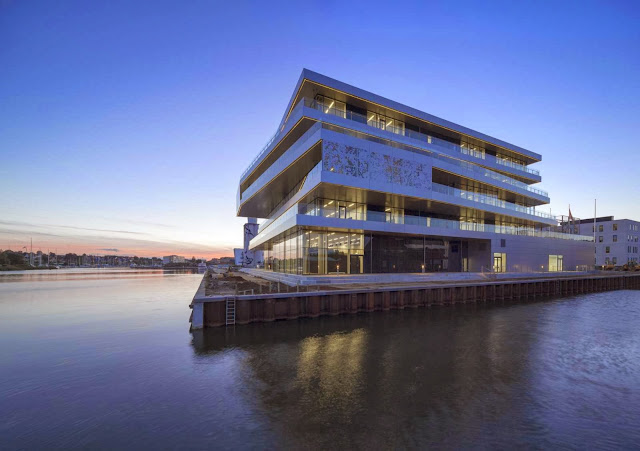 03-VUC-Syd-by-AART-Architects-ZENI-Architects
