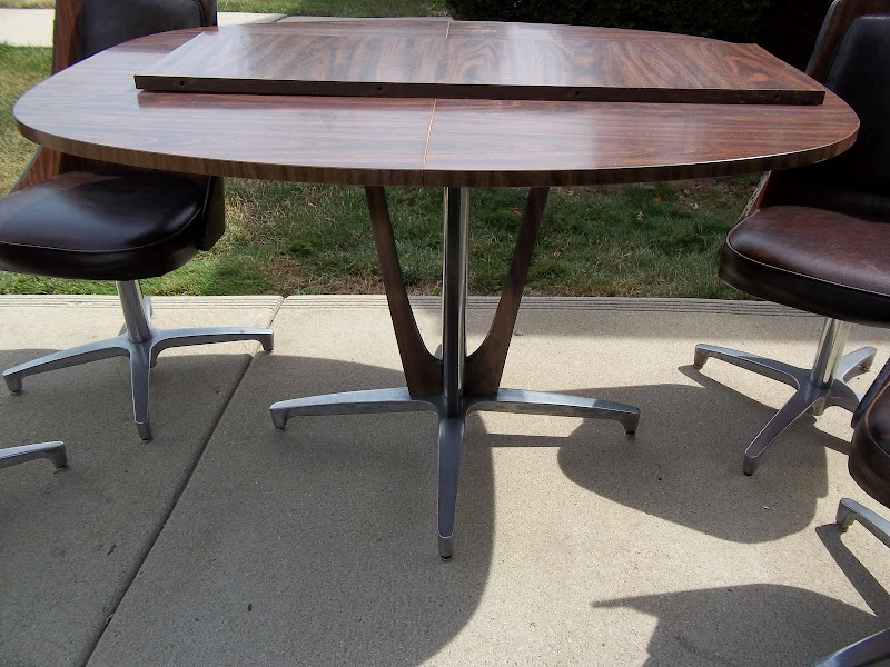 Chromcraft Kitchen Table and Chairs