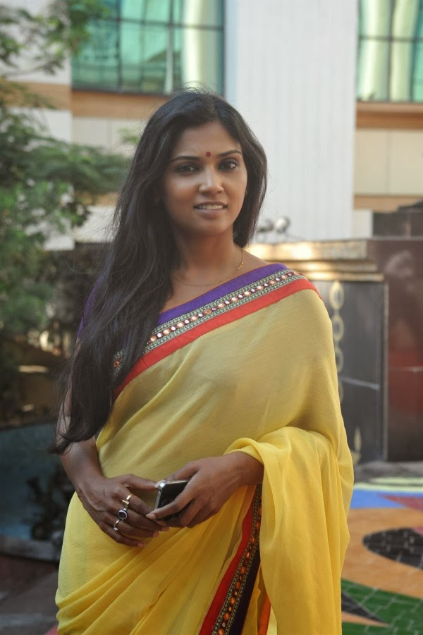 Actress Usha Jadhav in Saree