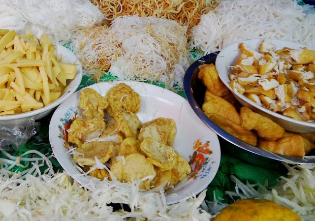 vventure nel Mondo - Dolce Burma - street food -  Yangoon