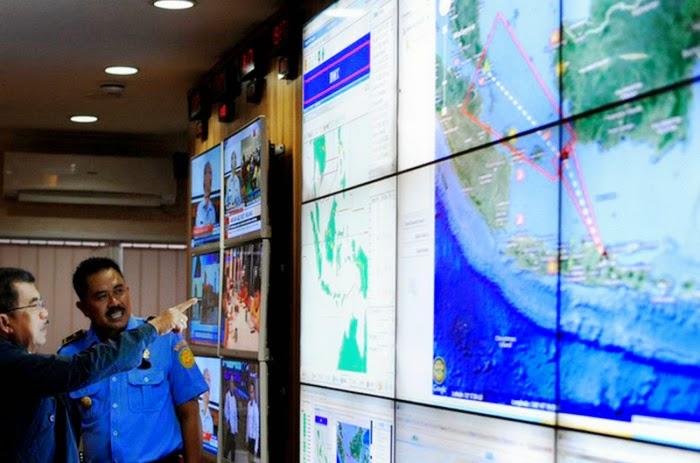 pesawat AirAsia Indonesia QZ8501, info, terkini, berita, spekulasi QZ8501