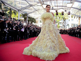 Style Icon Sonam Kapoor at Cannes red carpet