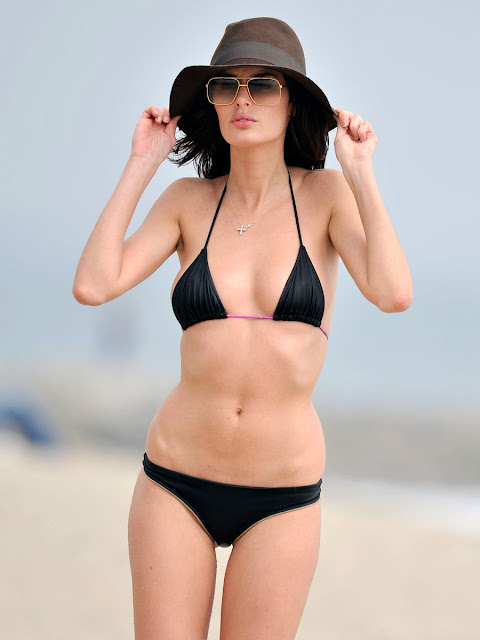 Nicole Trunfio Hot Bikini Body Photos In Malibu