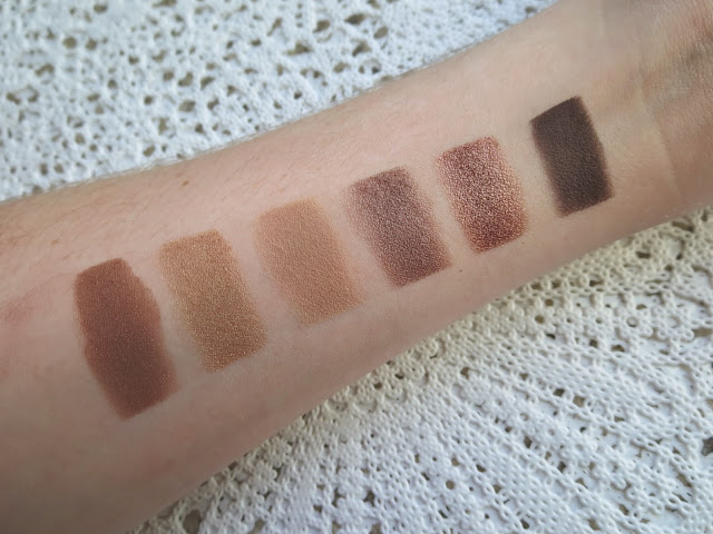 a picture of Tarte Showstopper Clay Palette ; Showstopper Copper, Go for the Gold, You're a Natural, Steel the Scene , Rose to the Top  and Dim the Lights  (swatch)