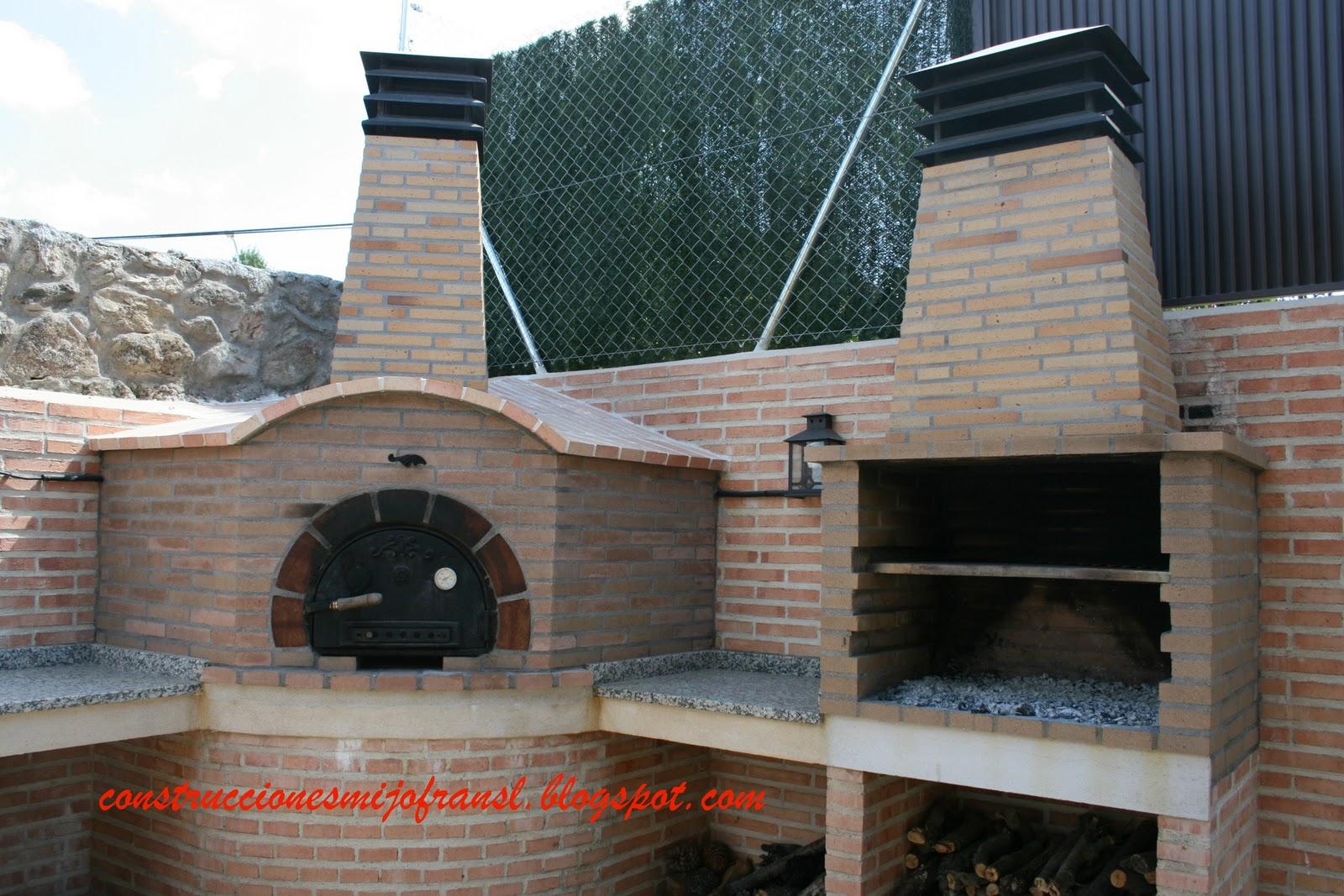 Construcciones mijofran s l casa de piedra - Barbacoa de ladrillo ...